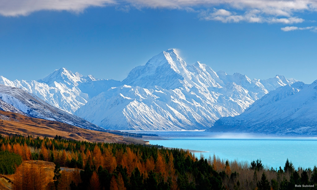 Aoraki / Mount Cook (3754m) and Lake Pukaki in winter. Mt La Perouse (3078m) left, Tasman Valley and Burnett Mountains Range right. Photo Credit: Rob Suisted, naturespic.co.nz