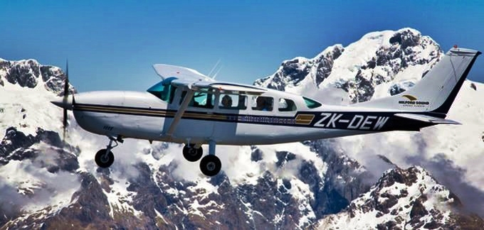 Milford Sound Day Tour with Flight