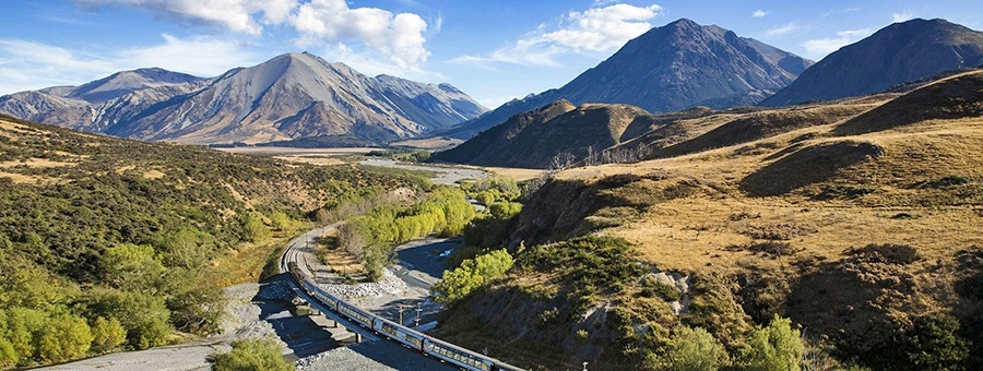 Tranz Alpine Train, photo - kiwirailscenic.co.nz