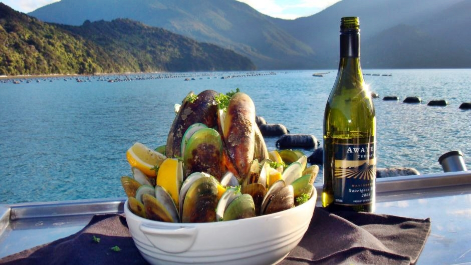 Greenshell Mussel Cruise, photo: marlboroughnz.co.nz