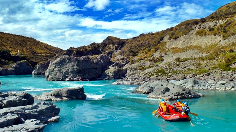 15 Day Grand Traverse Adventure Tour -South island rafting, Photo: www.theplanetd.com